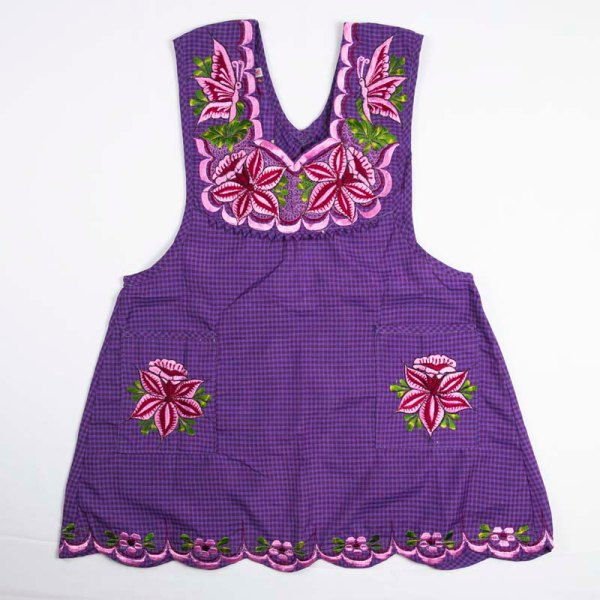 hand-embroidered-aprons-005