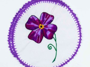 hand-embroidered-tortilla-warmers-007