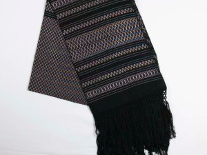 traditional-handwoven-mexican-shawl-scarf-010