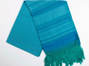 traditional-handwoven-mexican-shawl-scarf-017