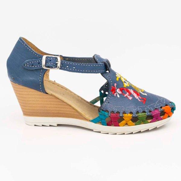 amantli-handmade-mexican-huarache-sandal-shoe-medium-sole-camelia-blue-outer-view-055