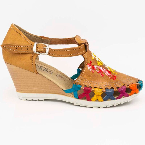 amantli-handmade-mexican-huarache-sandal-shoe-medium-sole-camelia-honey-outer-view-060