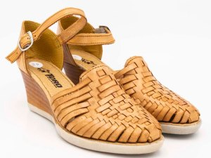 amantli-handmade-mexican-huarache-sandal-shoe-medium-sole-maria-natural-pair-view-039