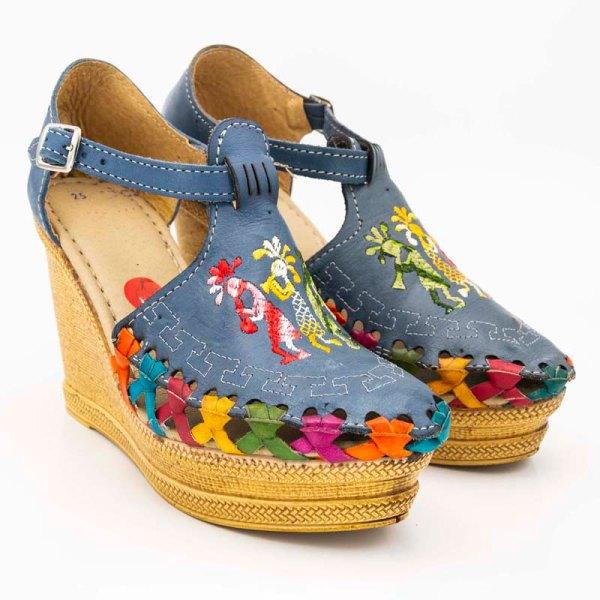 amantli-handmade-mexican-sandal-shoe-high-sole-camelia-blue-pair-view-006