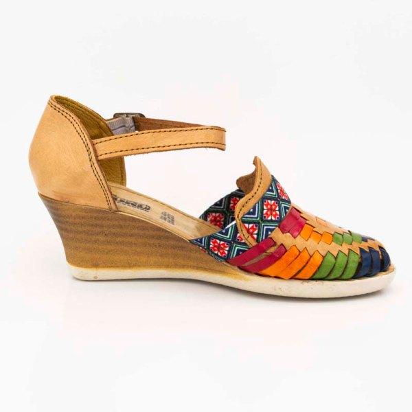 amantli-handmade-mexican-sandal-shoe-medium-sole-lupe-honey-inner-view-034