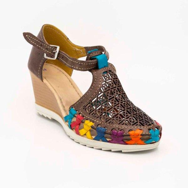 amantli-handmade-mexican-sandal-shoe-medium-sole-matilde-brown-3q-view-028