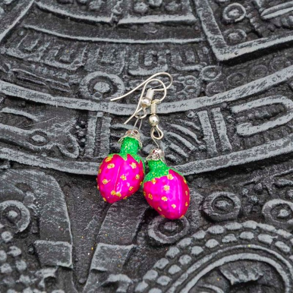 strawberry-hand-blown-glass-pink-earrings-025
