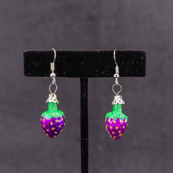 strawberry-hand-blown-glass-purple-earrings-035