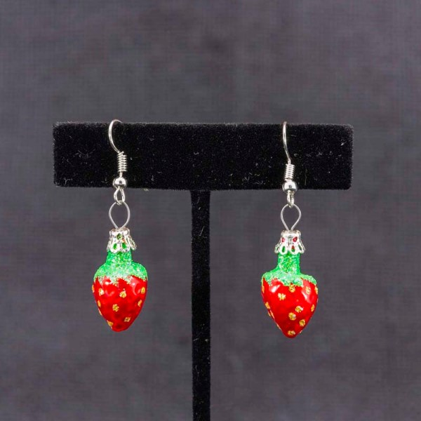 strawberry-hand-blown-glass-red-earrings-021