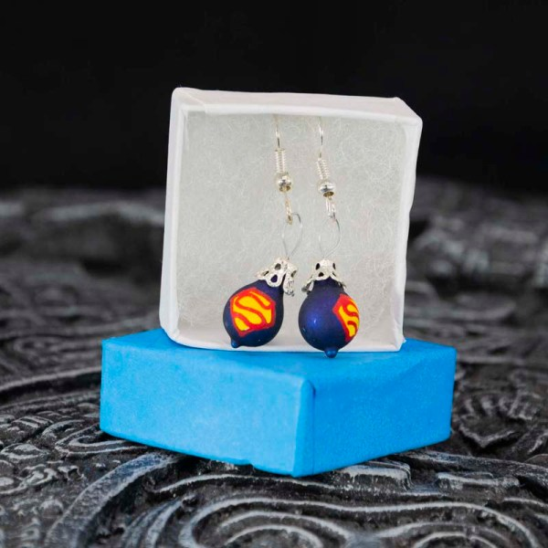 superman-hand-blown-glass-blue-earrings-001