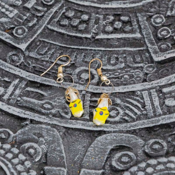 tees-hand-blown-glass-yellow-earrings-234
