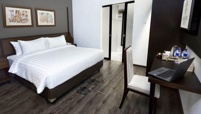 Deluxe Room - Amanuba Hotel & Resort Rancamaya (2)