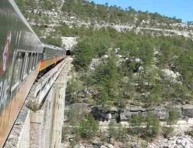 Mexiko Kupferschlucht Zugreise