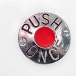 button-623174__340