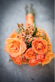 peach orange roses bridal bouquet