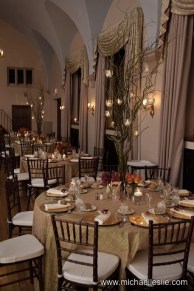 Merion Tribute House Indoor Wedding Decorations, Table
