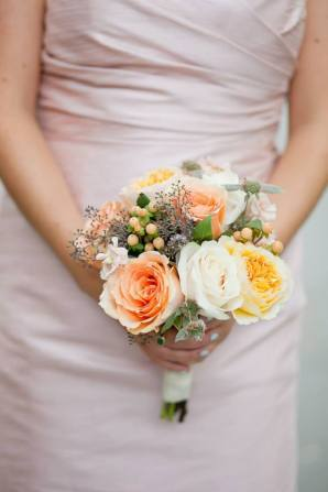pale orange bridal bouquet