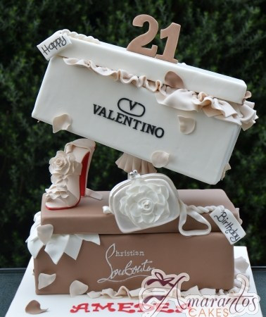 Designer Shoe box & Shoe Cake – NC620