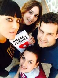 Inma Madrid, Raquel y Gema Hidalgo, con Lico y 'Amarás América'