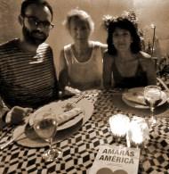 Paco Hernández, Sonsoles Paradinas y Ana Jover, en la cena a dos velas en 'Al Sur' gracias a 'Amarás América'