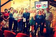 Foto de familia con el Club de Lectores de la Biblioteca Río Segura. Murcia, 27/10/2014