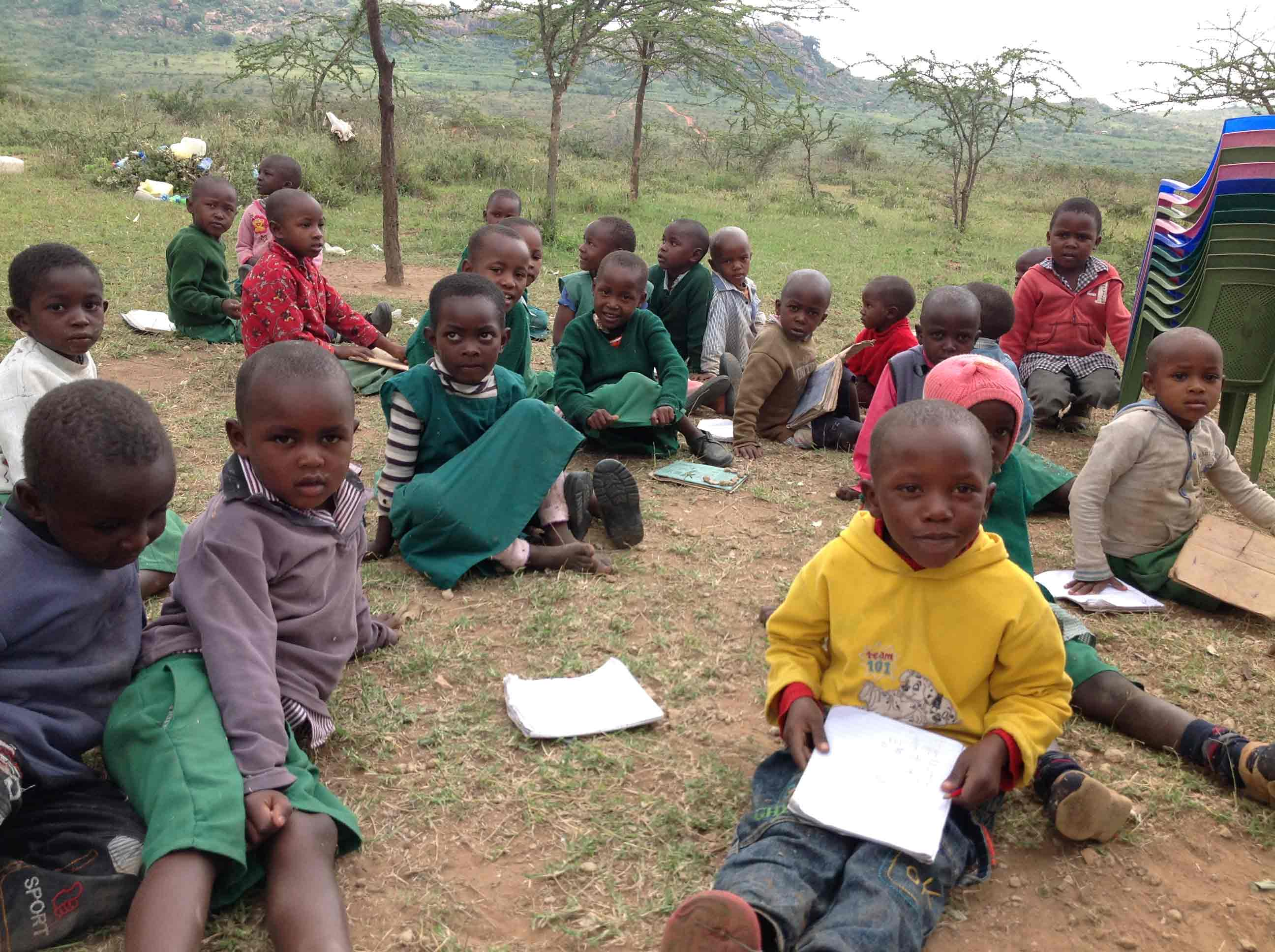 children-studying-from-outside