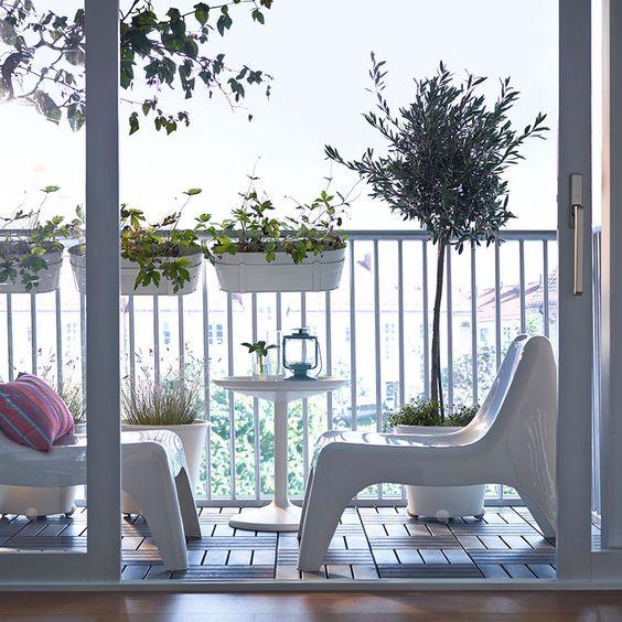 ideas para decorar balcones pequeños con macetas