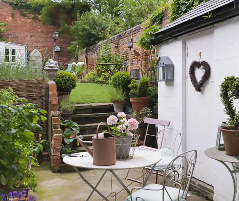 Stili: il giardino in stile retrò