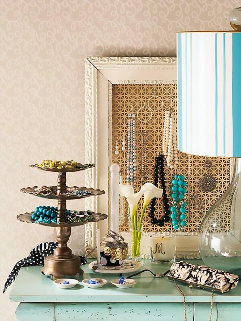 Idee di home styling e diy per decorare con i gioielli