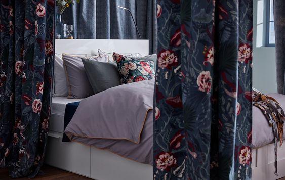 Tessuti in velluto floreale per il letto
