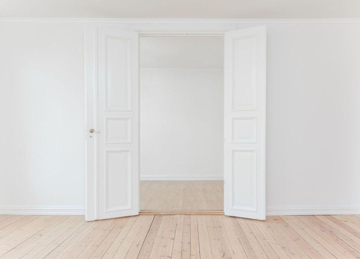 Le porte da interni: una scelta di design parte dall'opzione colore