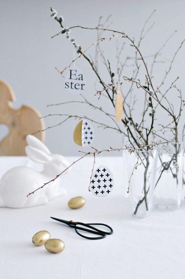 Decorazioni di carta per l'albero di di Pasqua