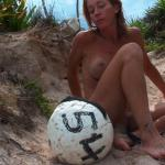 MIS FETICHES: AMATEURS ON THE BEACH IV