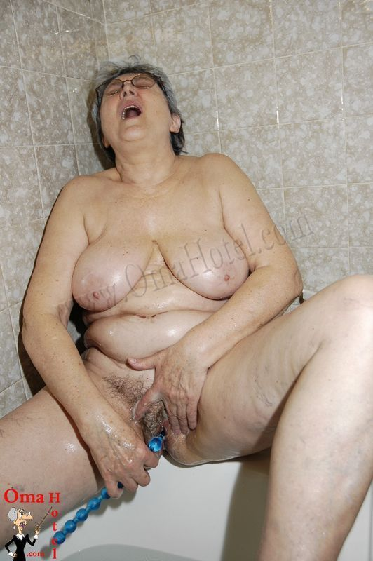 Old Hairy Mature Lesbians