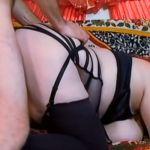 Roodharige BBW, enorme tieten en geile lingerie, wordt in haar dikke kont geneukt