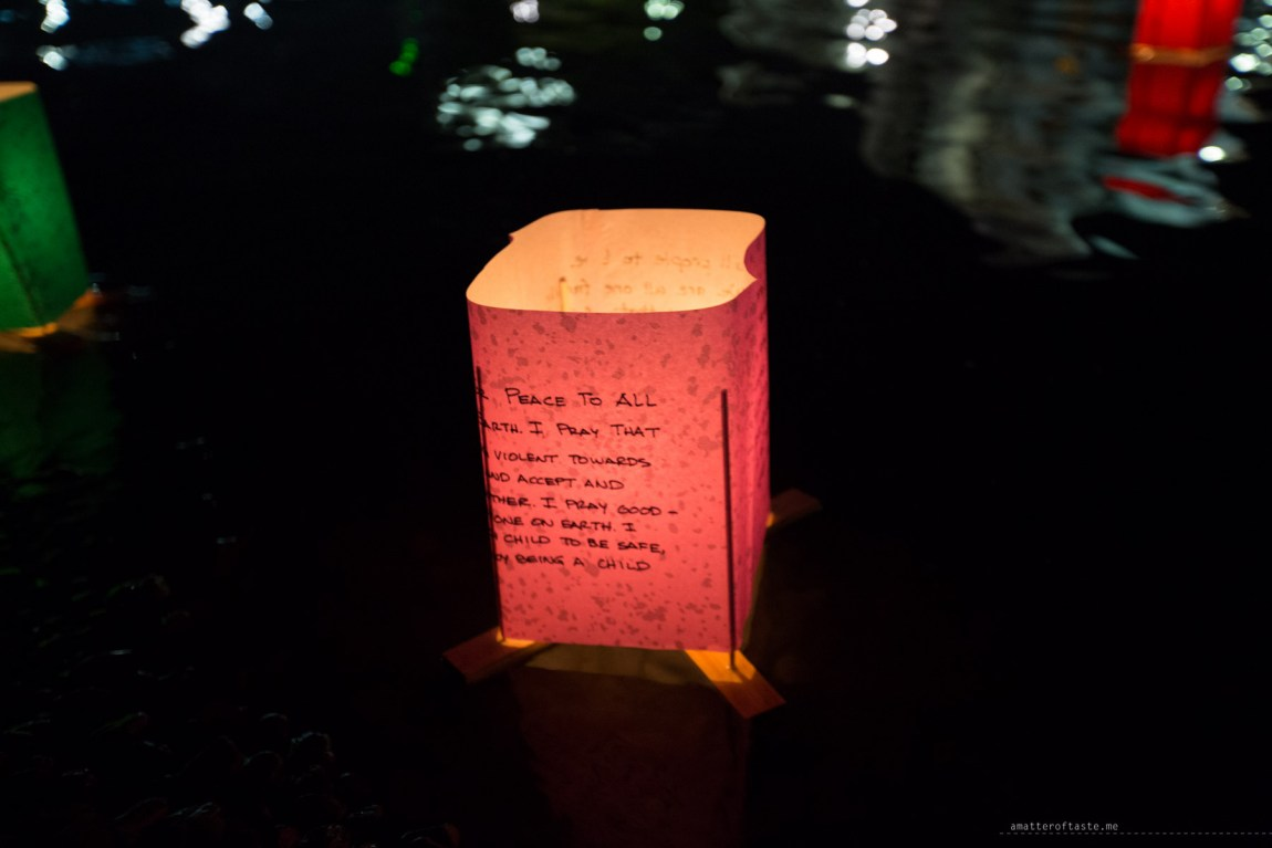 lantern floating ceremony hiroshima 70th anniversary-2