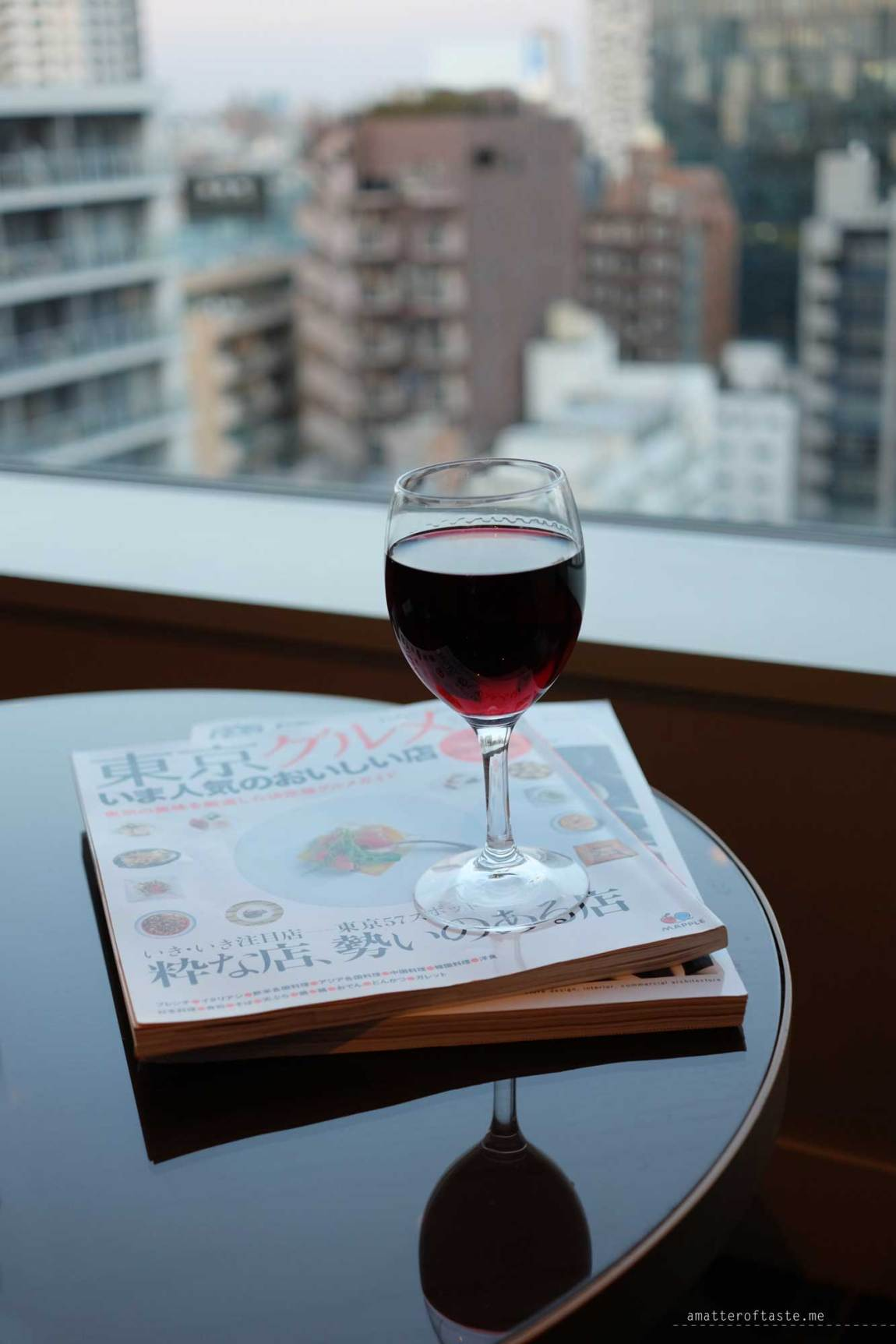 granbell-shinjuku-club-lounge-wine