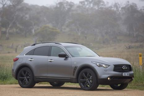 Infiniti-QX70-S-Design-front-side