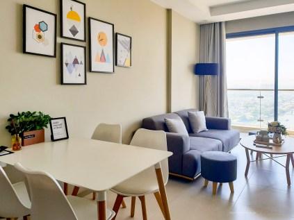 Saigon district 4 apartment living room