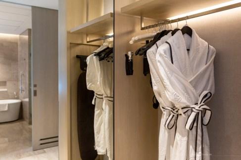 Sofitel Kuala Lumpur Damansara junior suite robe