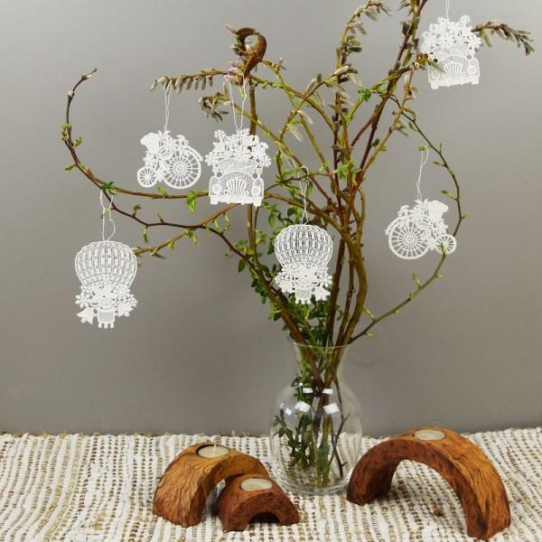 Blumenmobile 1 Set - 6 Stück  Glücksanhänger Echte Plauener Spitze weiß