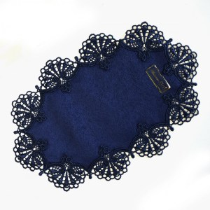 """Deckchen """"Milou"""" oval Echte Plauener Spitze blau 24 x 38 cm Tischdeko Tischwäsche"""