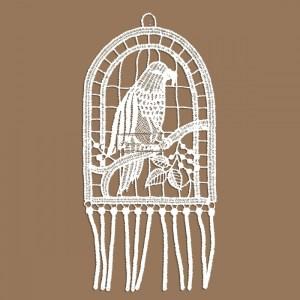 Papagei Klassisches Fensterbild aus Echter Plauener Spitze weiß