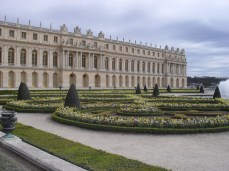 It pays to get to Versailles early! A snap I took all alone in the morning.