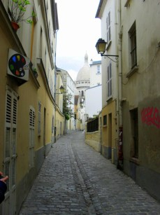 My wonderful friend led me up this little known way to Montmartre where I took this shot. With its reputation of art and Bohemianism, Montmartre remains a wonderful place to visit, especially in the springtime.