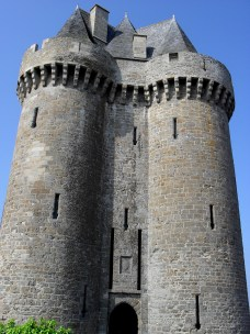 This spectacular tower a mere stroll from St Malo offers a wonderful glimpse into another time, as well as spectacular views to the charming town of Saint-Servan