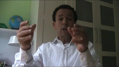 Alhociema : Ali Lahrouchi Appel à l'élimination du Dictateur mohamed 6 au Maroc