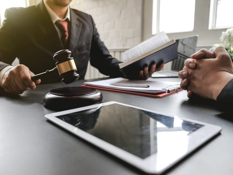 Brazilian Crypto Exchange Wins Legal Battle Over Closed Bank Account