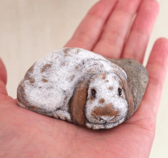 Artist Paints Found Stones That Look Like Real Beagle Dog And I Hope They Make You Smile