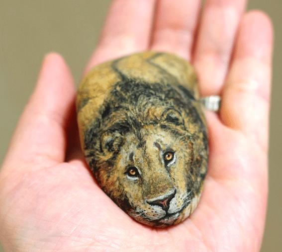 Artist Paints Found Stones That Look Like Real Lion And I Hope They Make You Smile